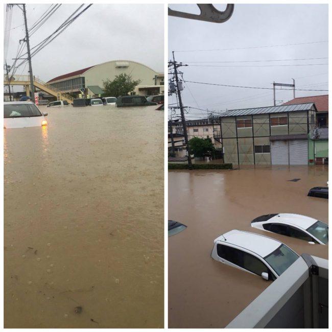 避難所予定だった小学校の体育館前と、ほぼ浸かった車