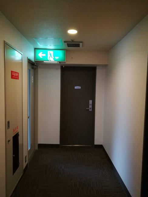 ベストウェスタン大坂塚本の最上階一番突き当りのツインルーム