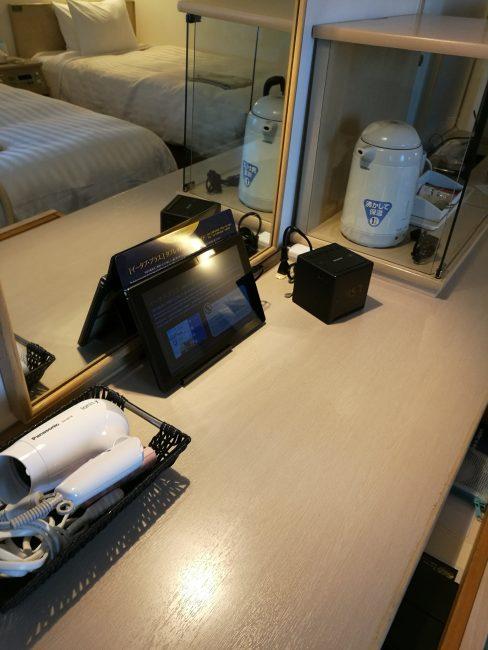 ベストウエスタン大坂塚本ツインルームのアップグレードタブレットも無料で使える