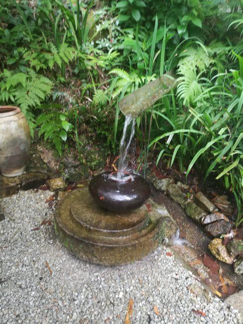 ペナン島トロピカルスパイスガーデンの休憩所の水