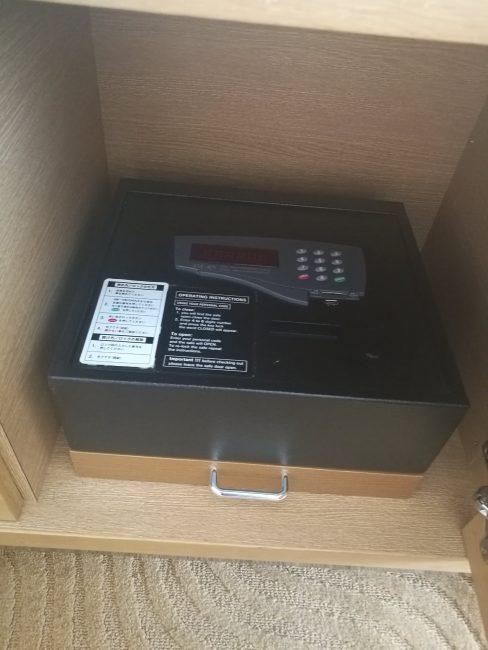 ホテル日航関西空港ビジネスクラスルームのセキュリティボックス