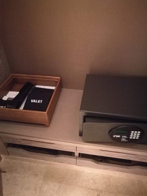 ウォルドーフアストリアバンコク室内セキュリティーボックス