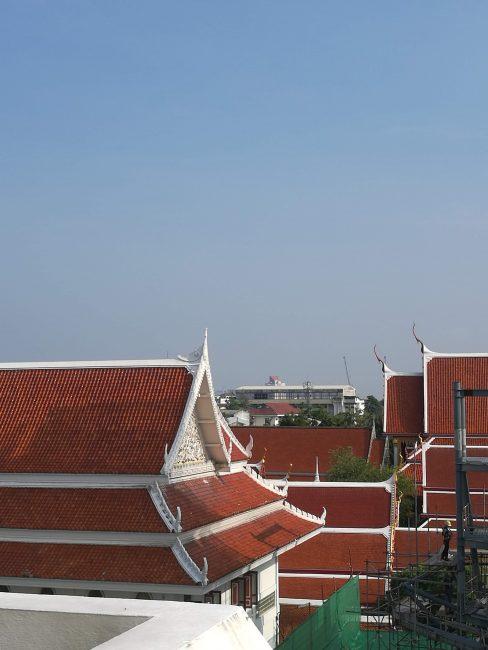 インスタ映タイの寺ワットパクナム5階の外の風景