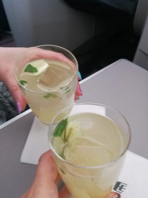 関空発クアラルンプール行きのマレーシア航空シグニチャードリンク
