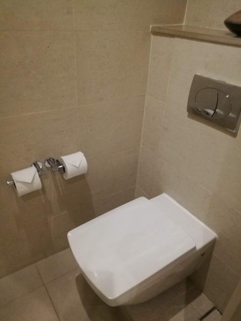 ウェスティン・スィレイベイ・リゾート&スパ プーケットバスルームトイレ